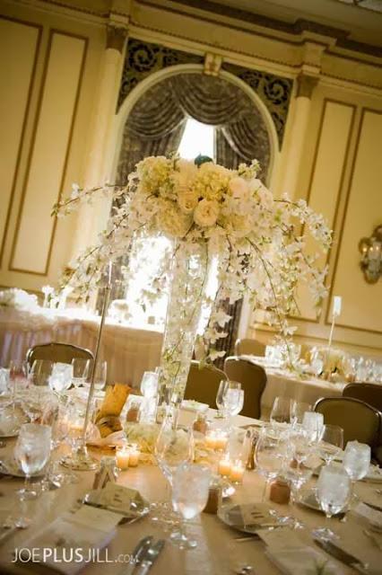 Fairmont wedding, Seattle's best wedding flowers, Fairmont Olympic Seattle wedding, white wedding flowers