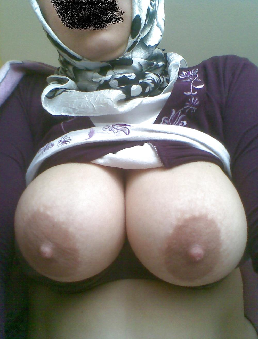 Turkish big tits koca memeli hatun - 3 part 2