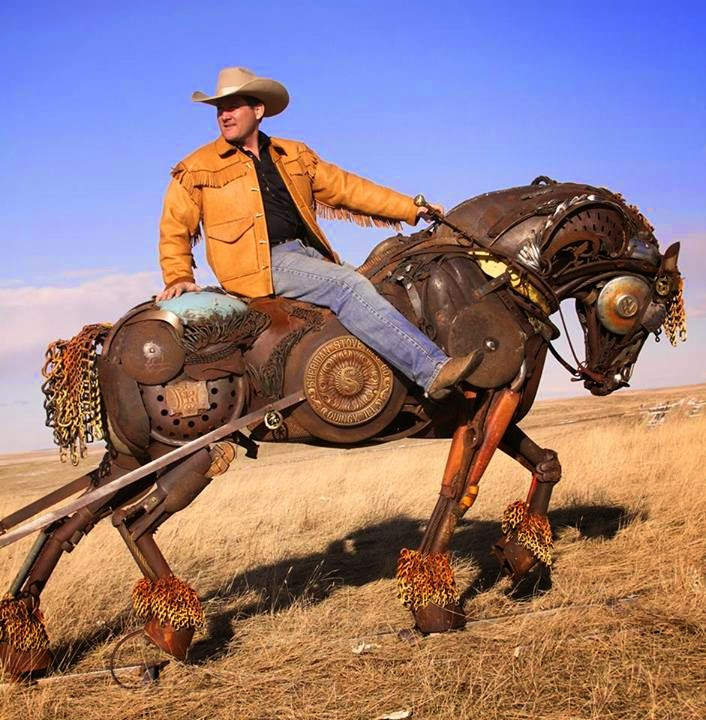02-John-Lopez-Scrap-Iron-Animal-Sculptures-www-designstack-co