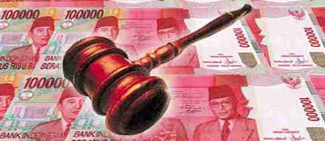 Mantan Kapolres Maluku Tenggara Barat dan Maluku Barat Daya, AKBP Abner Tatu dihadirkan jaksa penuntut umum Kejari Saumlaki sebagai saksi atas empat terdakwa dugaan korupsi dana tunjangan perbatasan dan pulau-pulau terluar.