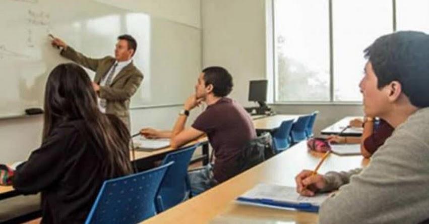Reducción del 50% en pensiones de institutos y universidades, plantea bancada UPP