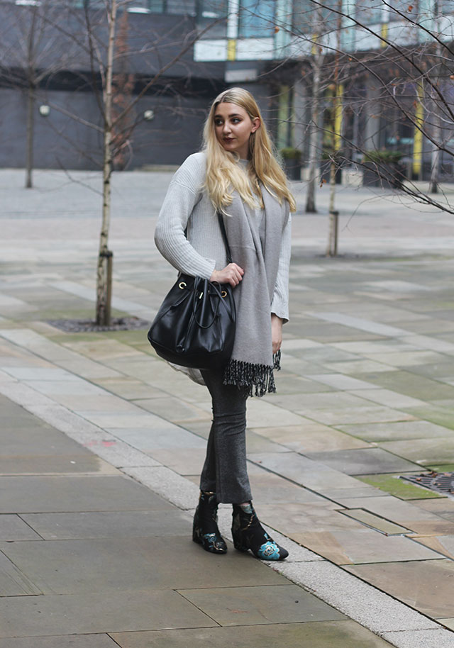 how to style all grey fashion blog
