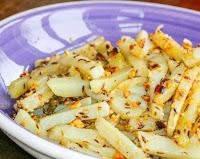 Batata Picante com Sementes de Cominho e Amendoim (vegana)