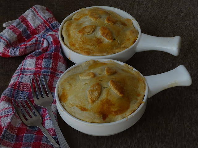 Curried jackfruit pot pie