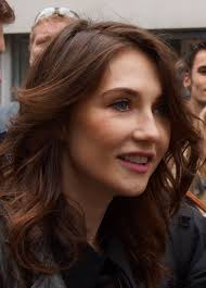 Carice van Houten Height - How Tall