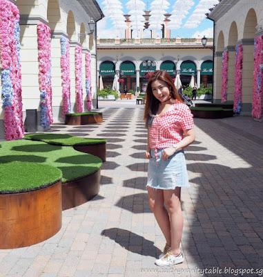 Singapore Travel and Fashion Influencer