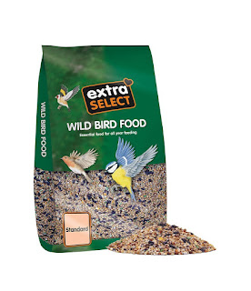 Best buy Wild Bird Food suitable for Robins