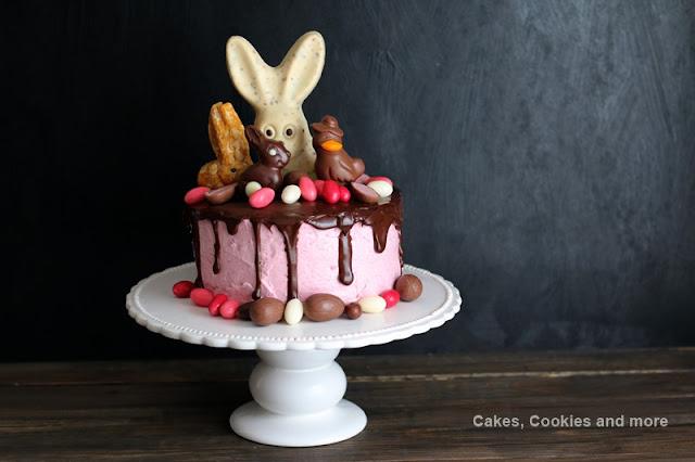 Oster Dripping Cake mit Himberquarkcreme und Ganache