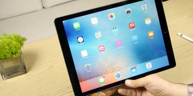 Khotib Di Daerah Ini Dikecam Karena Lakukan Khotbah Jumat Menggunakan iPad, Begini Alasannya