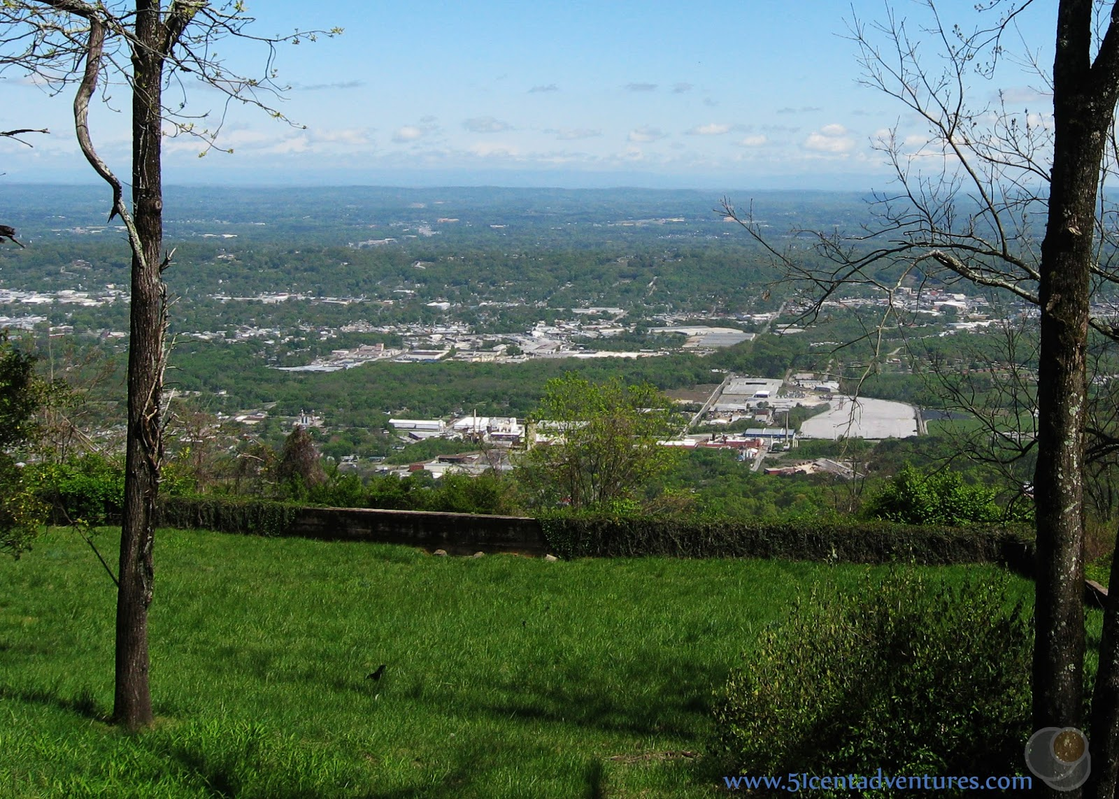 House On Top Of Lookout Mountain: 51 Cent Adventures: Lookout Mountain Parkway