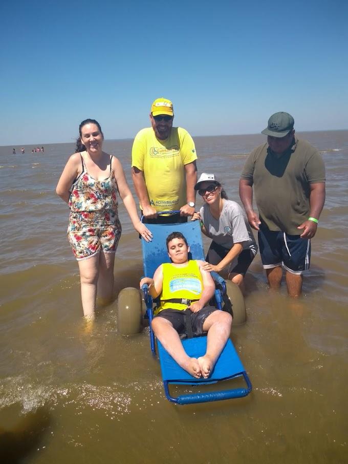 CACHOEIRINHA | Conselho da Pessoa com Deficiência realizou passeio para a praia do Lami