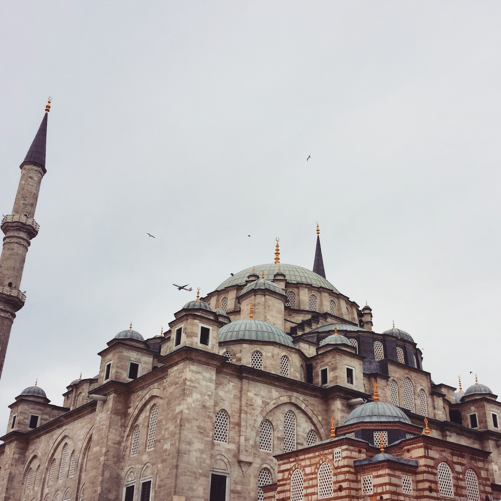 Visiting Istanbul for the first time, Fatih Mosque  |  Postcard from Istanbul on afeathery*nest  | http://afeatherynest.com