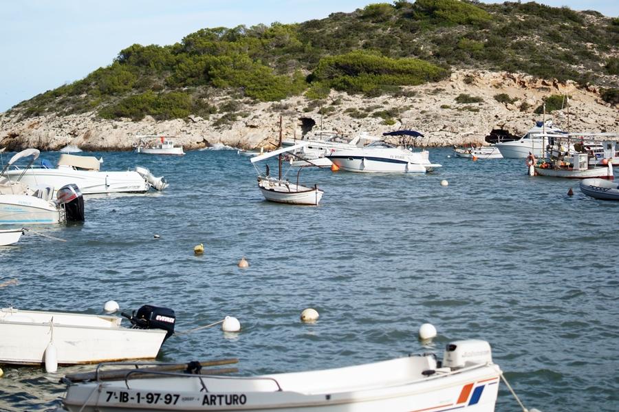 Blog + Fotografie by it's me! - fim.works - Ibiza, Portinatx - nördlichste Hafenmole auf Ibiza