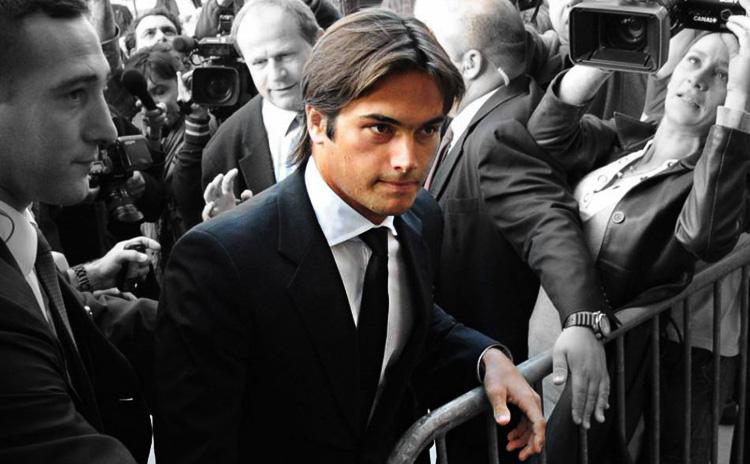 Nelson Piquet Jr. llega al Consejo de París para declarar sobre el crashgate