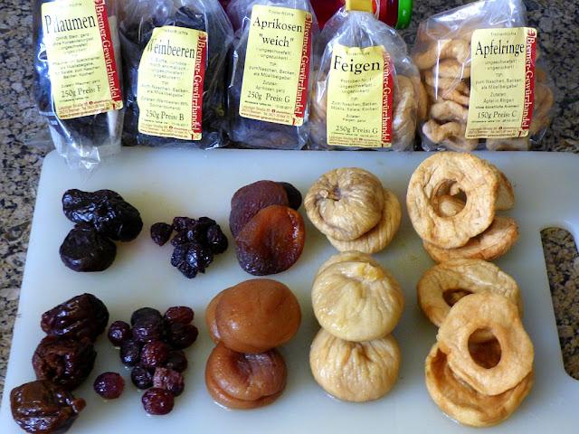 Trockenfrüchte vom Bremer Gewürzhandel aufgequollen