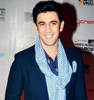 Amit Sadh Family Wife Son Daughter Father Mother Marriage Photos Biography Profile.