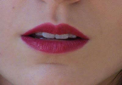Fucshia lips