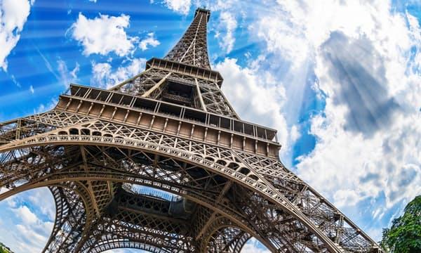 Visiter la Tour Eiffel avec option sommet + accompagnateur
