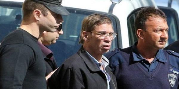 قبرص تسلم خاطف الطائرة  لمحاكمته فى مصر