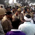 हाई वे जाम कर रहे छात्रों पर पुलिस ने जमकर बरसाई लाठियां