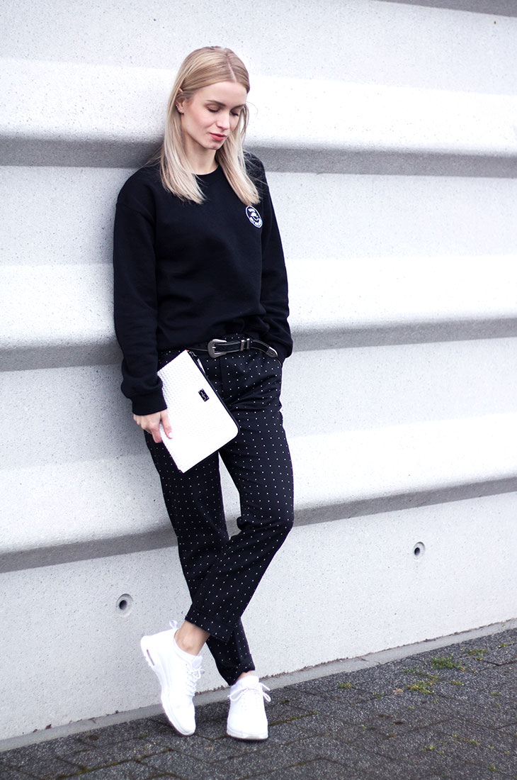Fashion Attacks outfit ootd Comfy with Nike & tiny dots