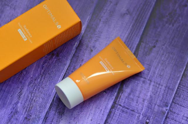 увлажняющий крем гель для  лица с витамином С  Radiance replenishing gel cream Vitamin C Optimals  от Oriflame