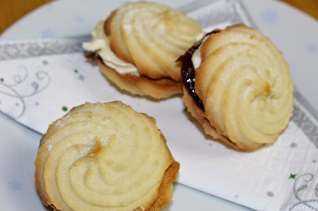 Mr Kipling's Winter Whirls