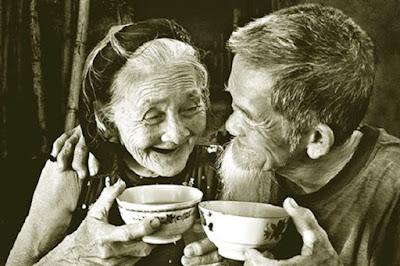 Đừng đợi đến lúc bạn già rồi, mới biết được điều gì là hạnh phúc