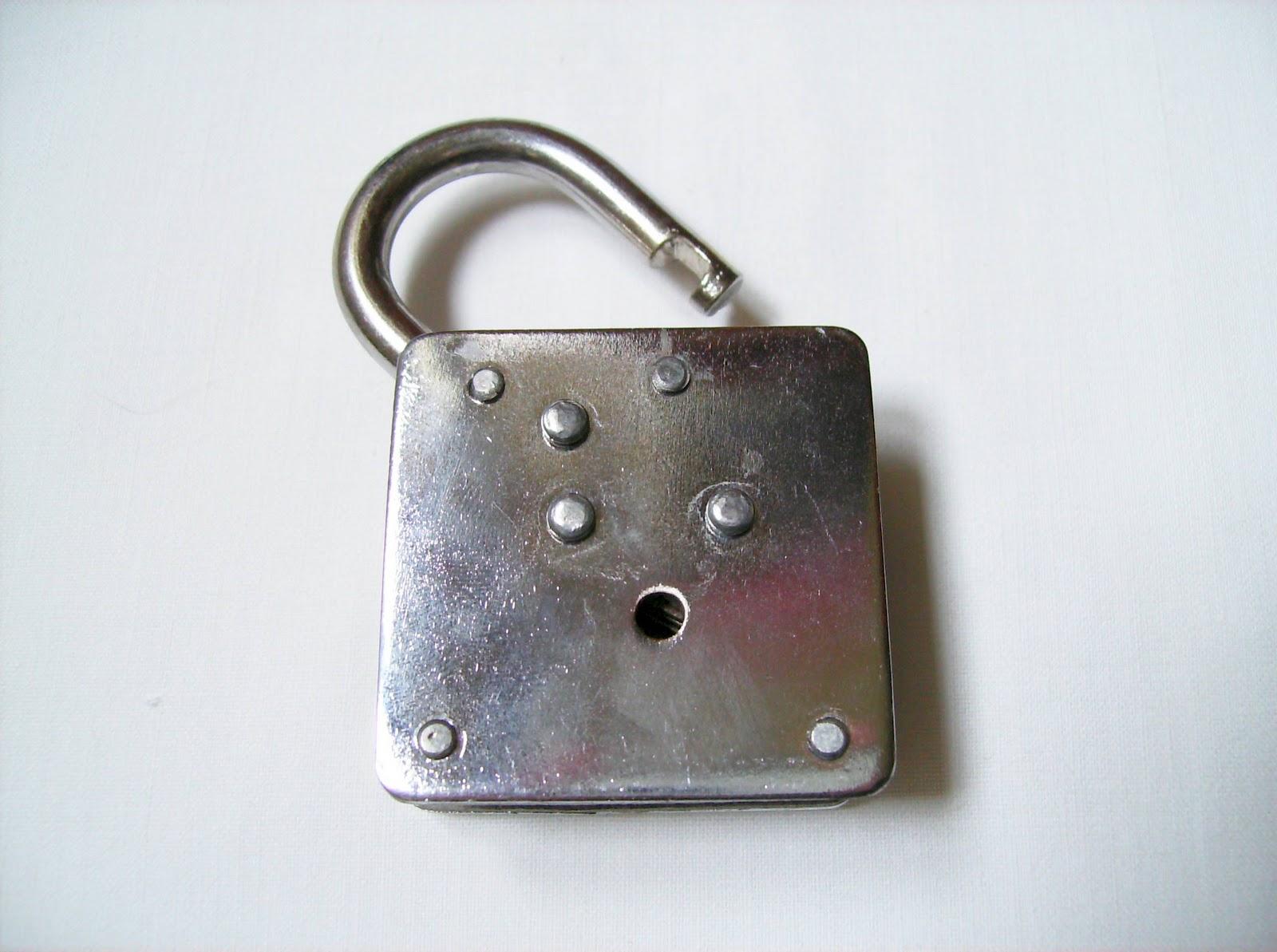 Gabriel Fernandes' Puzzle Collection: Houdini Dead Lock