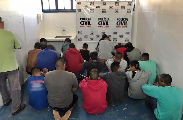 Suspeitos foram presos em operação da Polícia Civil em Itajubá (MG) (Foto: Polícia Civil)