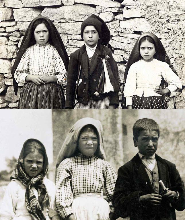 Lúcia, Francisco e Jacinta. Em cima antes da visão do Inferno. Embaixo: após Nossa Senhora lhes mostrar o lugar onde vão os condenados.