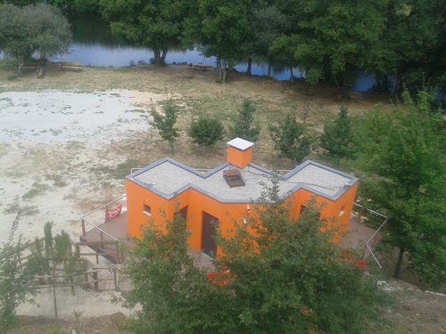 Bar de Apoio á praia Fluvial de Ferreirós do Dão