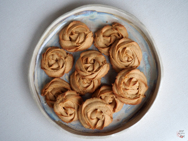 Galletas de calabaza aromatizadas con una mezcla de especias: jengibre, canela y nuez moscada.