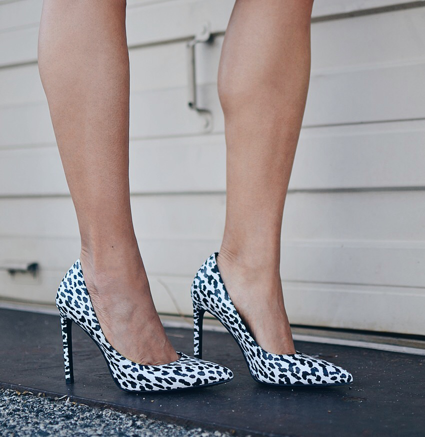 Black and white leopard shoes