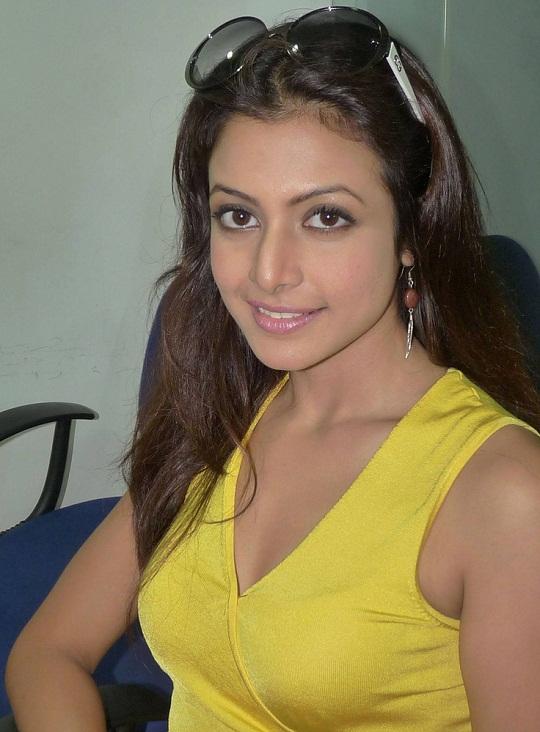 Sexy Koel Mollik Hot Tollywood Actress Photo Profile  Hot -6290