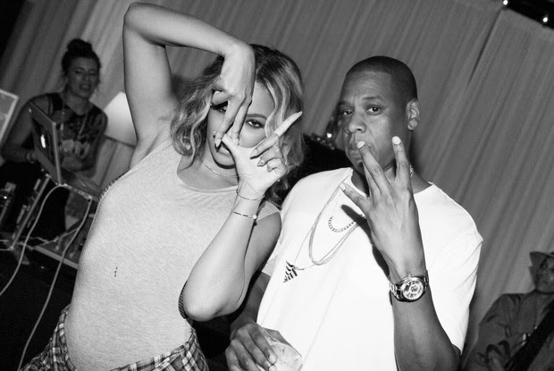 Beyoncé publish photos with Jay-Z amid rumors of separation