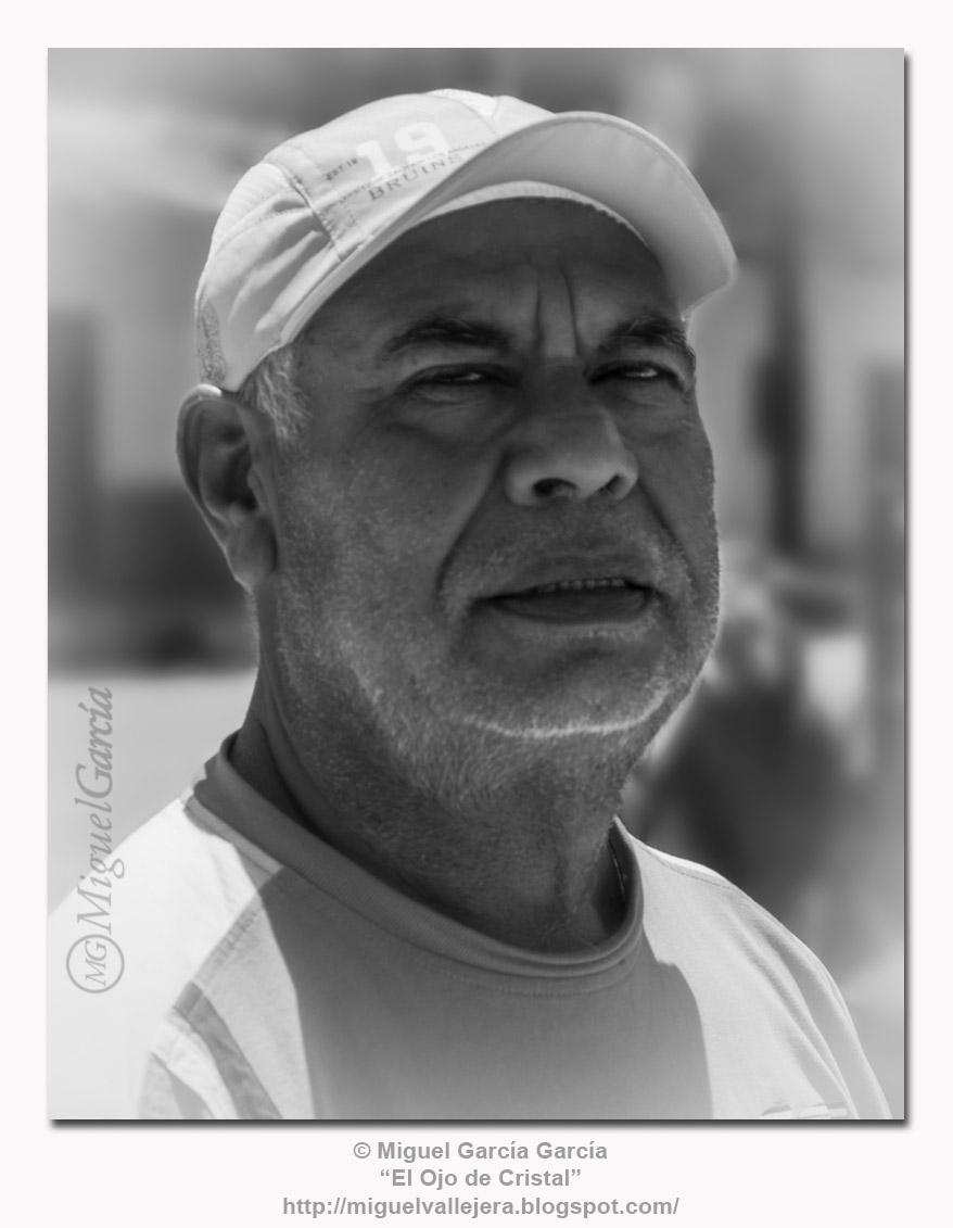 Juan Rolando.