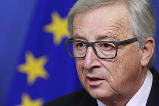 Líder europeo insta a Macron a reducir gastos públicos