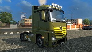 Mercedes MP4 Colored Grill - Paintjob