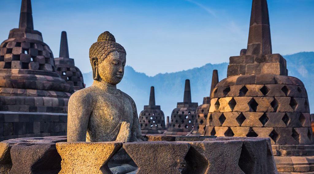 Wisata Candi borobudur langit sejarah dan manis