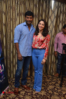 Vishal and Tamannah Stills at Okkadochadu Movie Press Meet  0004.jpg