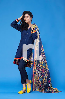 nisha-chic-and-trendy-winter-wear-dresses-collection-2017-by-nishat-12