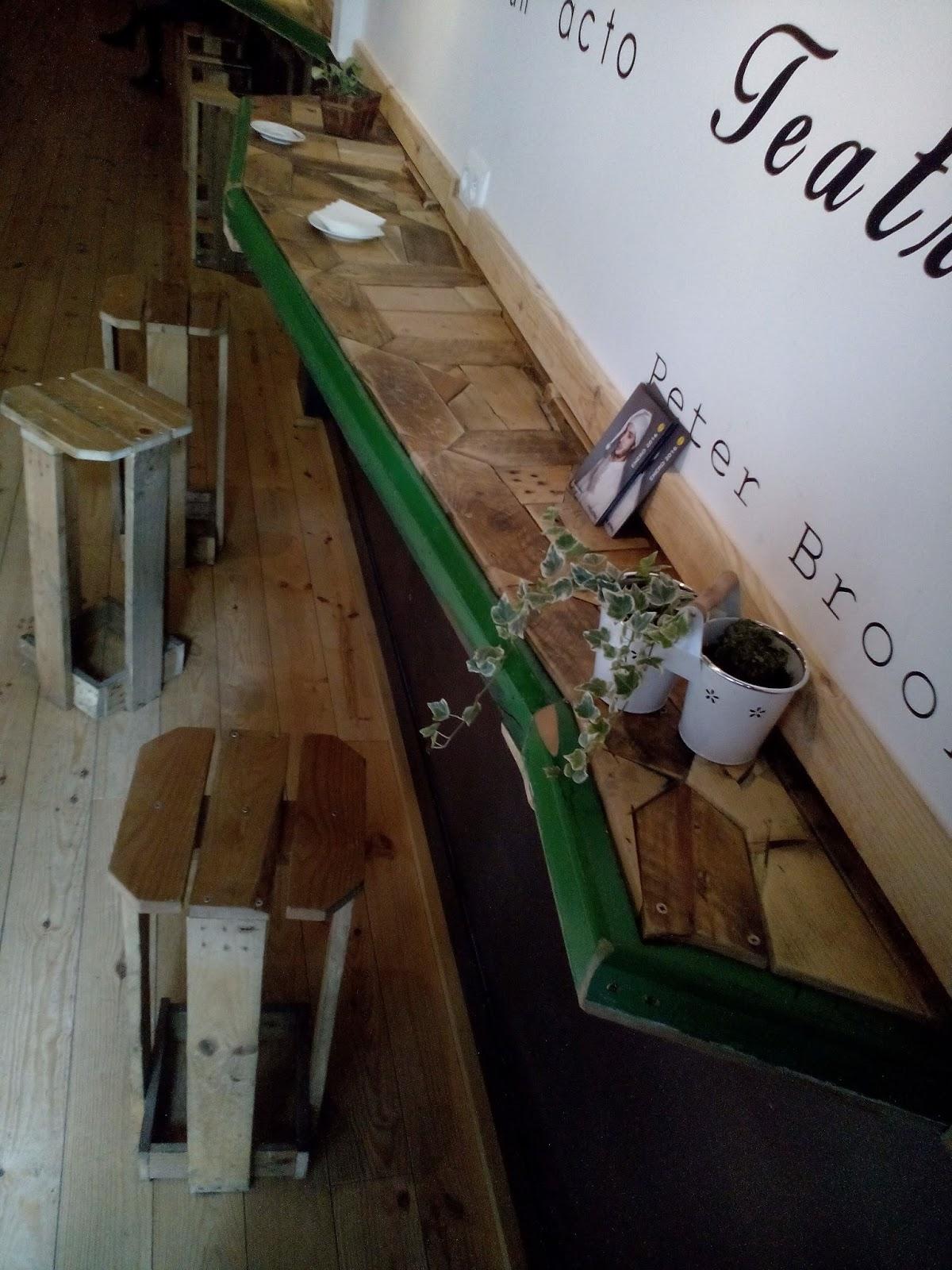 Supermanitas barra encimera o minibarra hecha con maderas for Fabricacion de bares de madera