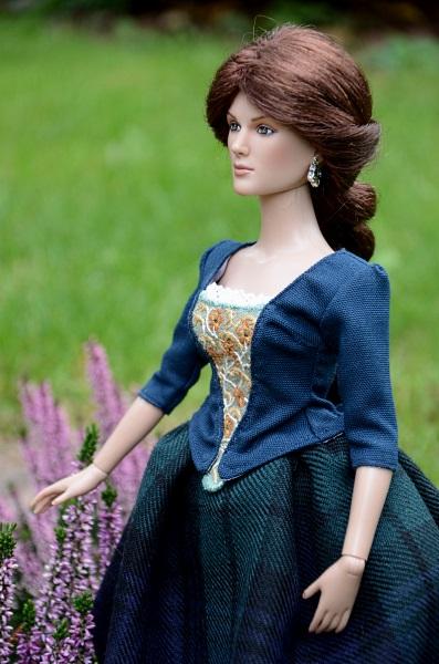 Suknia inspirowana serialem Outlander.