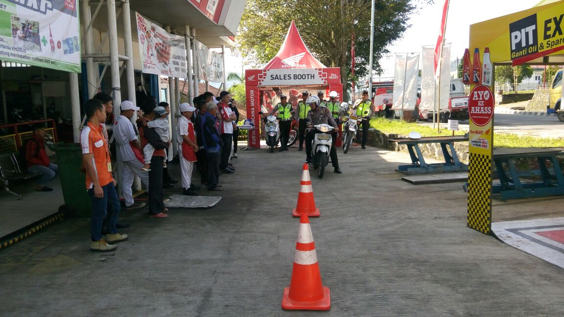 Satlantas Polres Lambar Gelar Safety Ridding