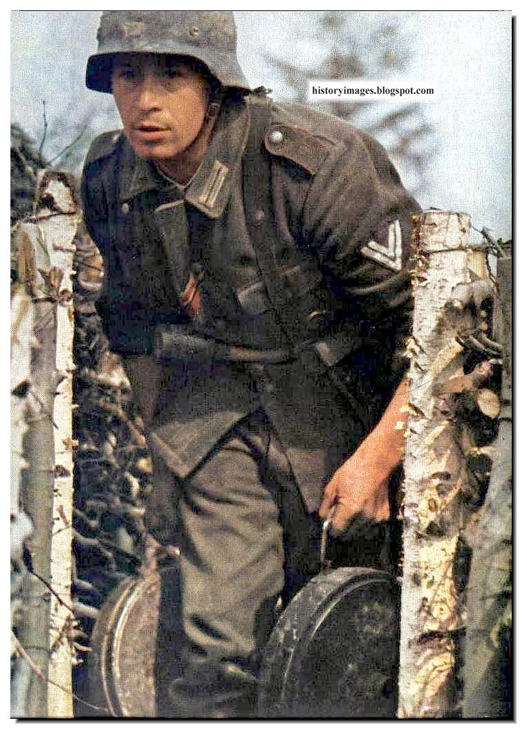 HISTORY IN IMAGES: Pictures Of War, History , WW2: German Soldiers