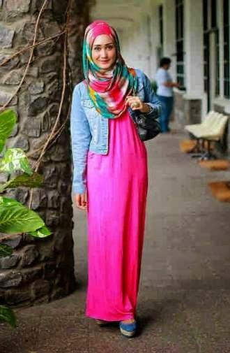 Desain Baju Muslim Dian Pelangi Masa Kini