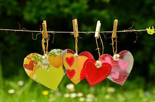 El amor es una hermosa cualidad poster box code