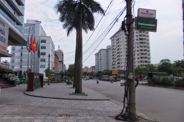 hanoi-electric-wires