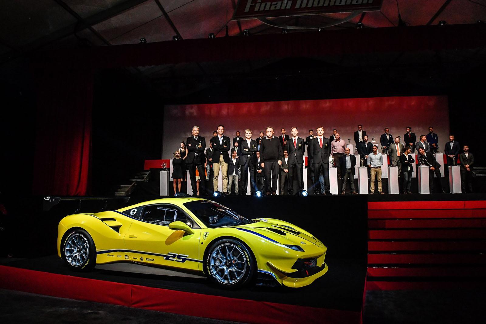 2018 - [Ferrari] 488 Pista - Page 6 Cy2jL1lWgAA_VvX